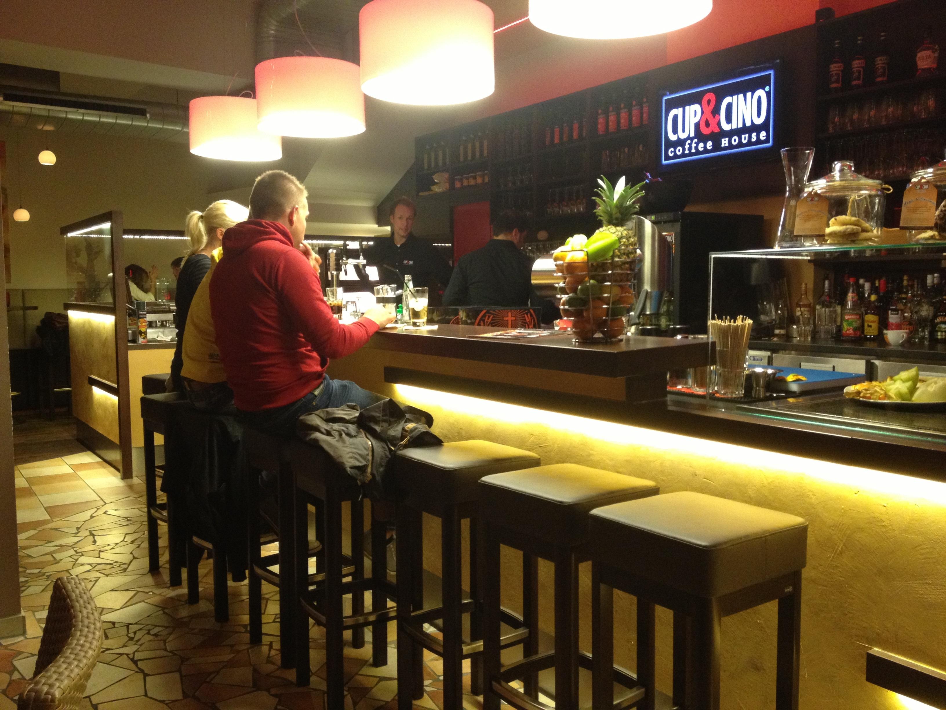 CupCino-Coffee-House-RhW