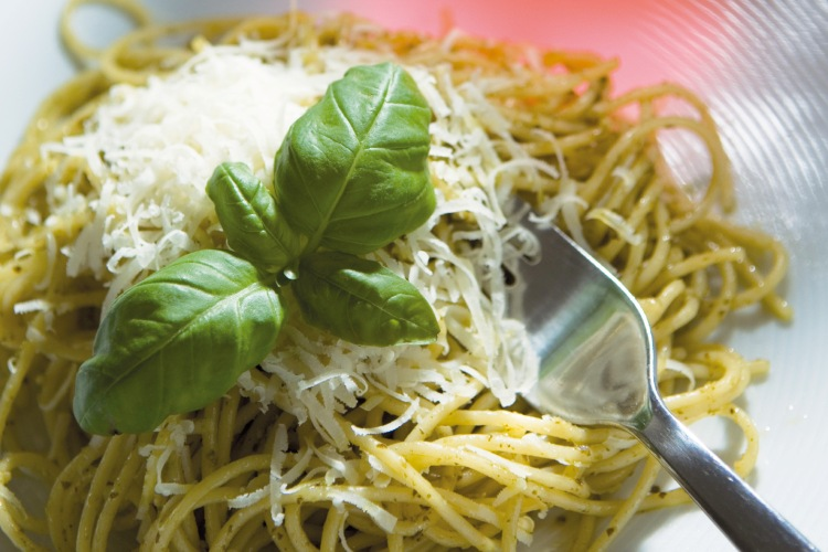 Pasta-Pesto-750x500_09